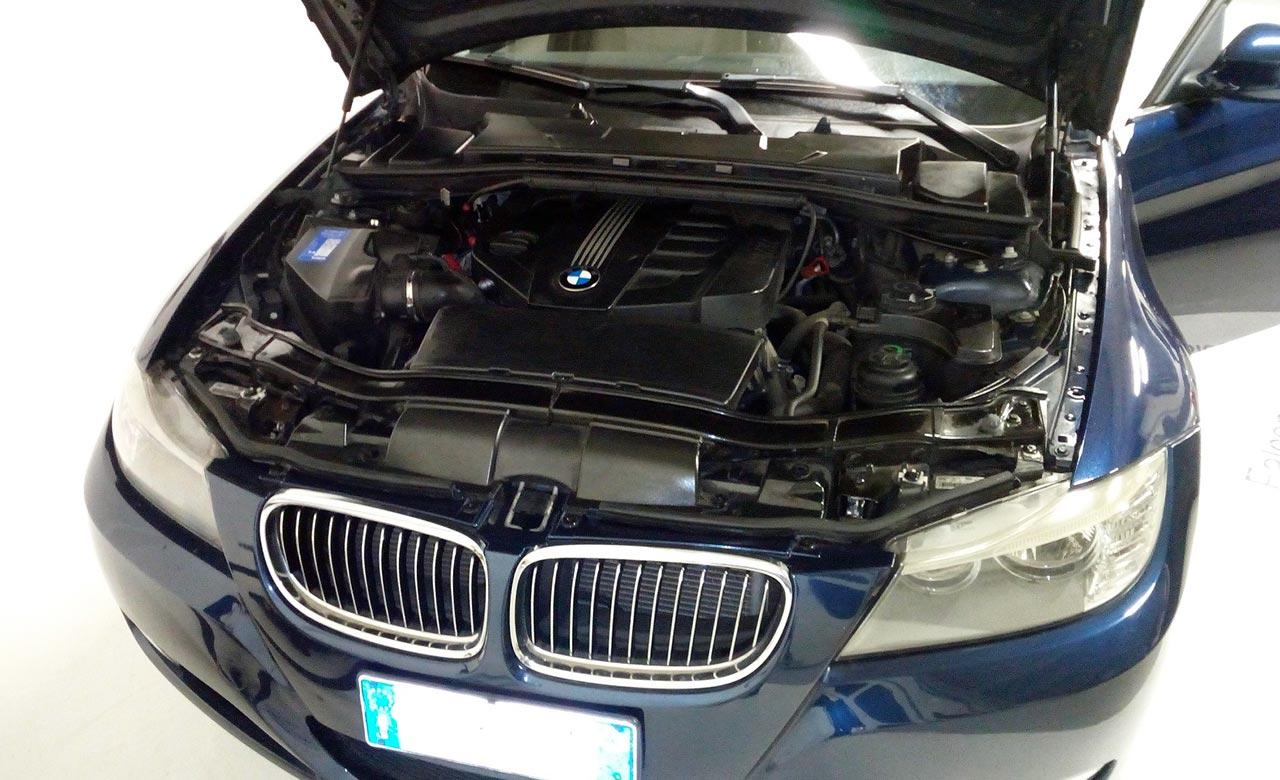 BMW-320D-SW-ATTIVA-BLU-METALLIZZATO-4