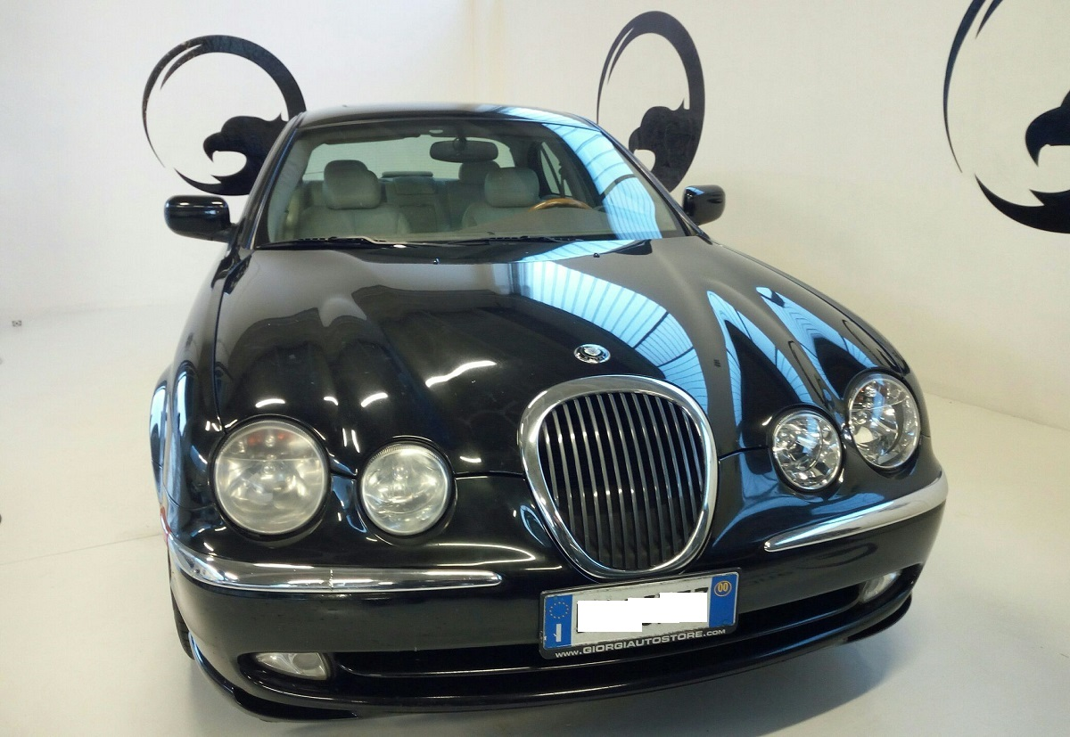 Jaguar S-Type 3.0 Executive (4)